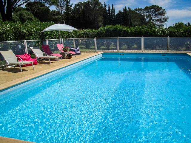 Villa in Tornac at the foot of the Cevennes in the Gard, pool, dog allowed