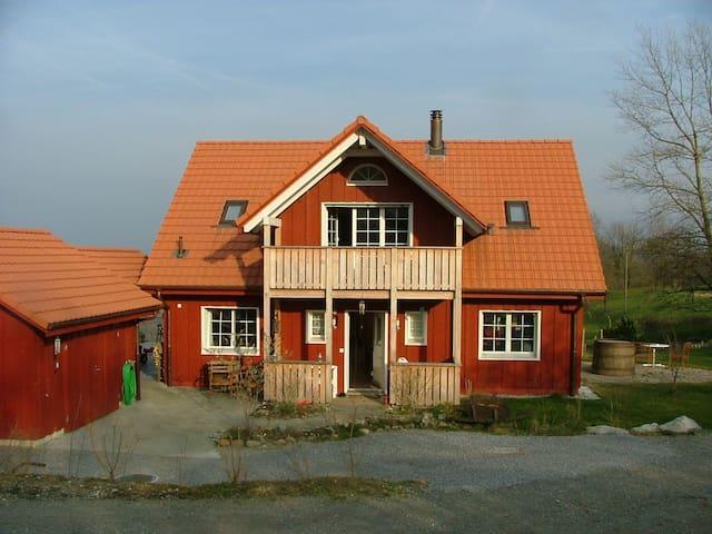 Einfamilienhaus in ländlicher Umgebung