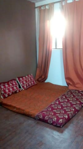 Private terrace room with balcony - New Delhi - Appartement