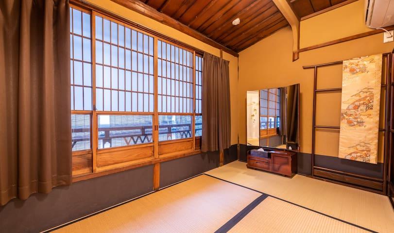 二层和式卧室(大) Second floor Bedroom with tatami (Big)