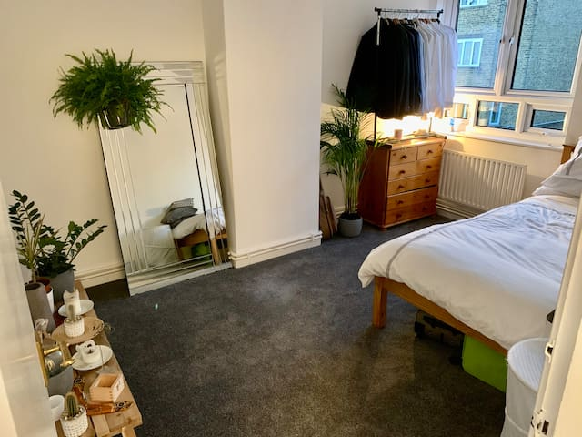 Shoreditch - Large Room