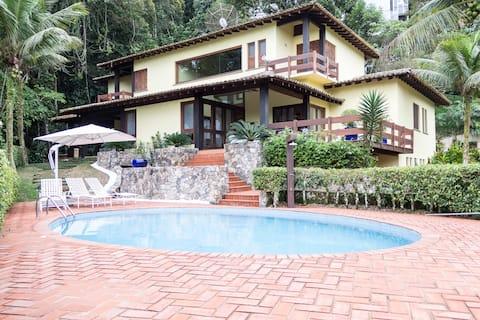 Casa Cond. Iporanga (Guarujá)