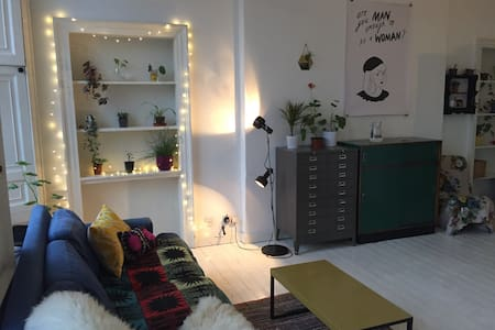 Cosy studio flat by the shore. - Эдинбург