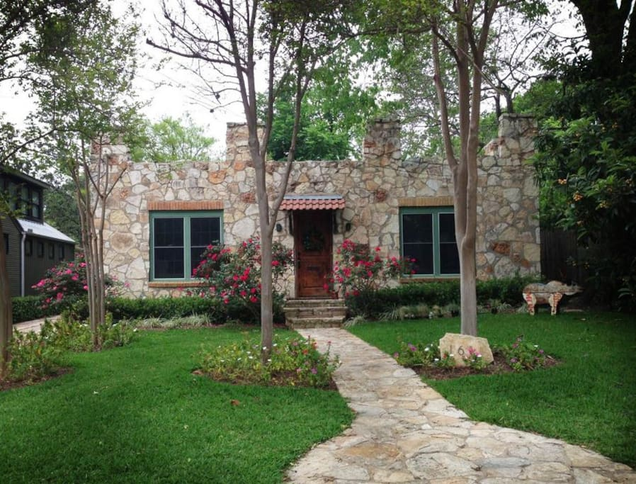 cozy quot castle quot in of houses for rent in united states
