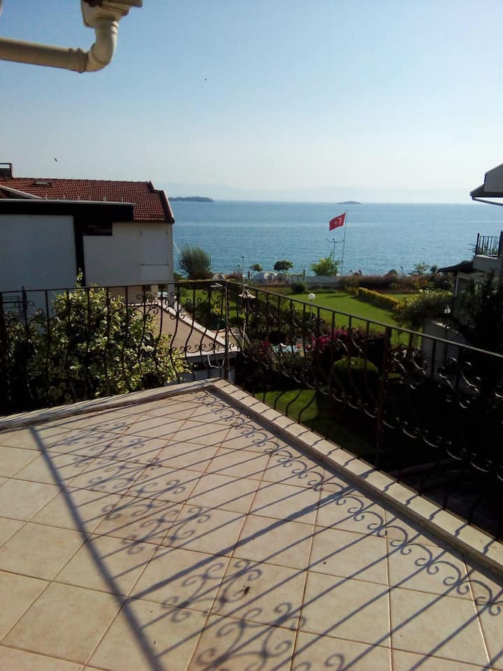 Rental Triplex in Tuzla with an amazing sea view
