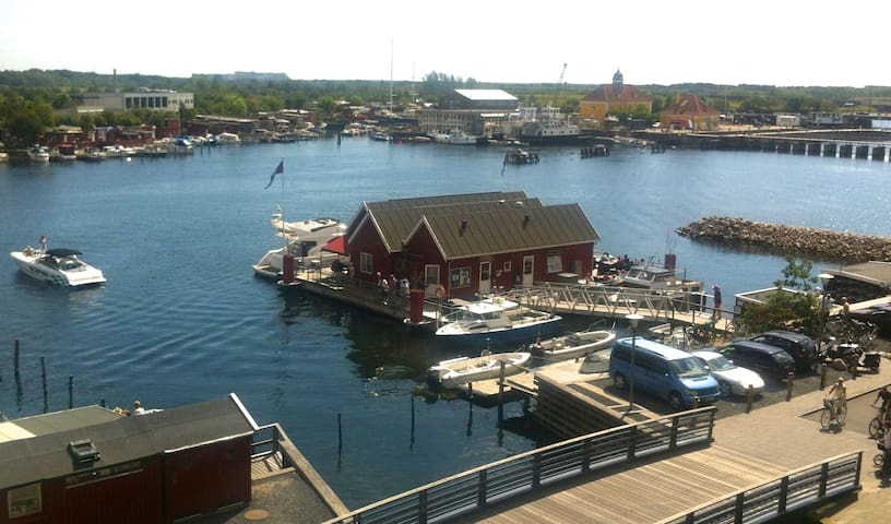 Great sea views, canal district and sunny balcony - Copenhagen - Apartemen