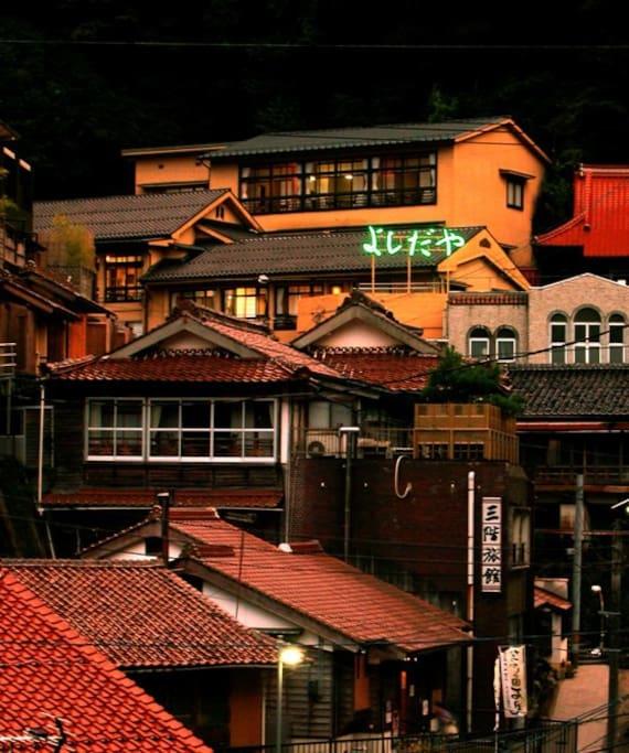 有福温泉の夕景