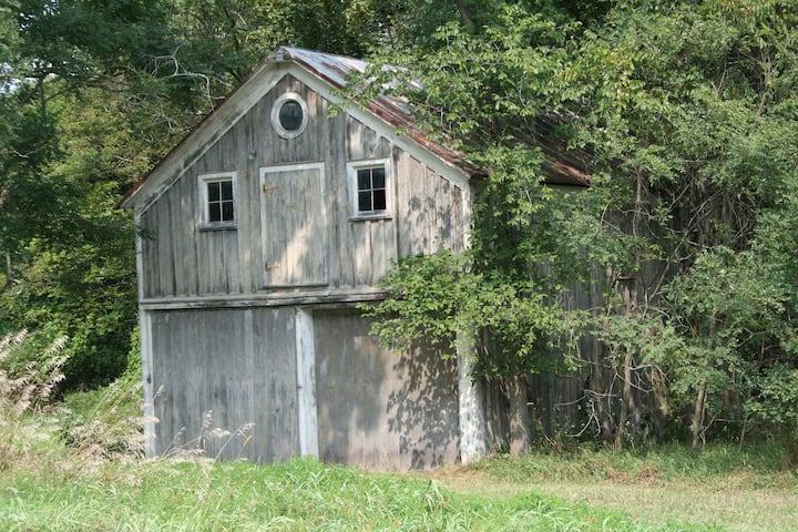 Glamping Grey Barn