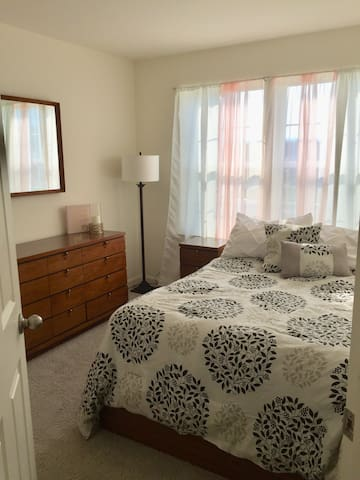 Comfort and Style near Downtown Frederick