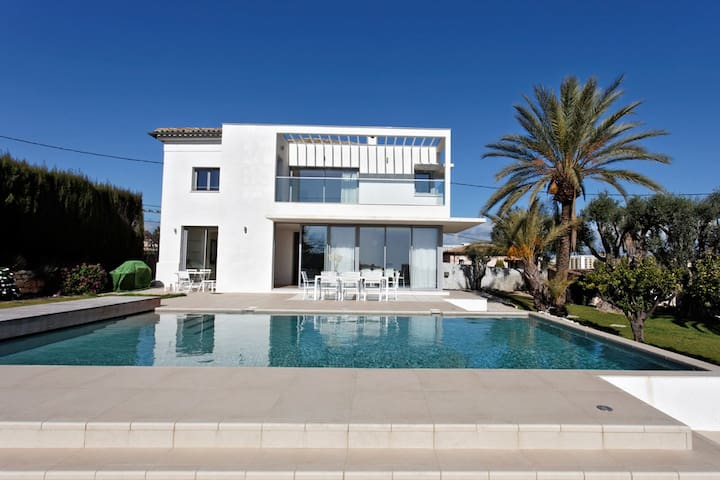 Seaview Luxury Villa in Nice - Nice - Villa