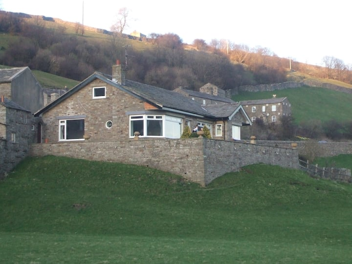 3-bed Yorkshire Dales cottage with stunning views