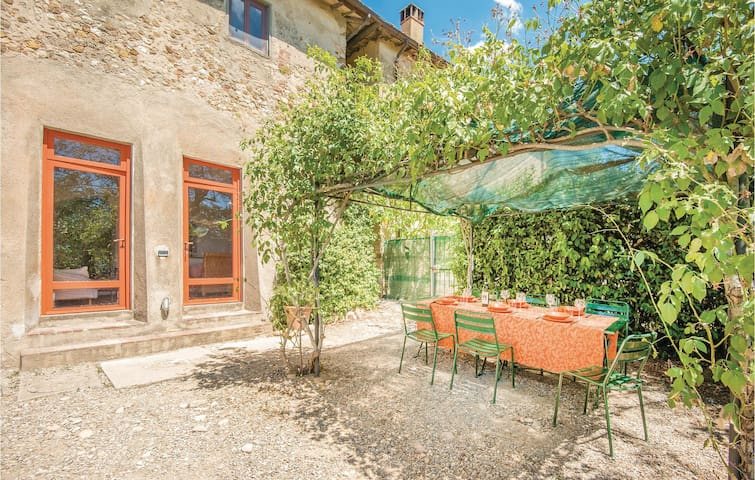 Terraced house with 2 bedrooms on 150m² in Montespertoli FI