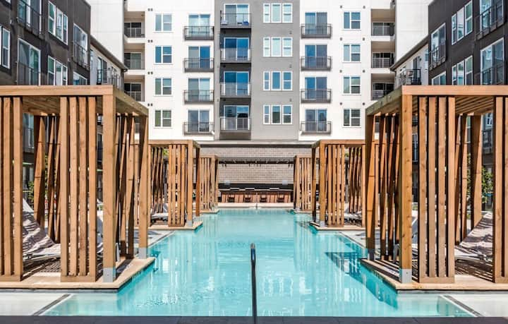 Luxury APT near downtown Dallas