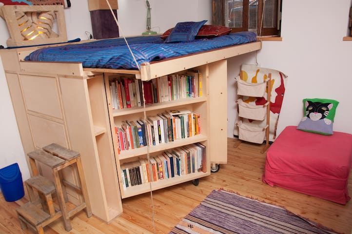Tiny but Special Studio apartment!