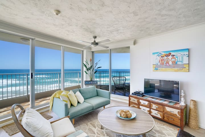 Absolute beach front reduced $$ - 2BR +wifi