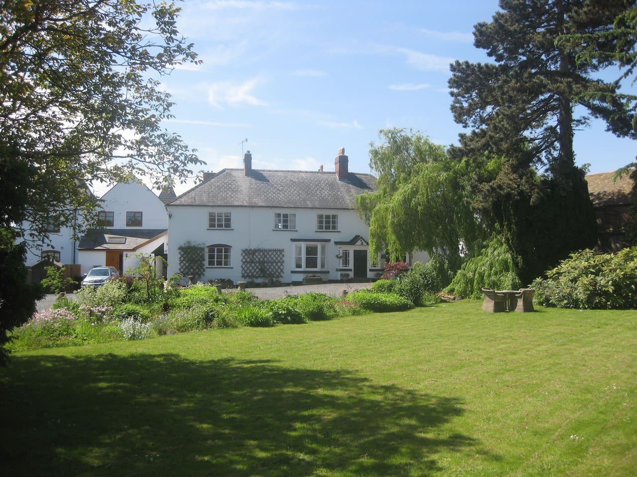 Chirkenhill Farm B&B This listing is for one bedroom sleeping two people. The room can be made up as a kingsized bed or twin beds.  Two other rooms are available in the farmhouse