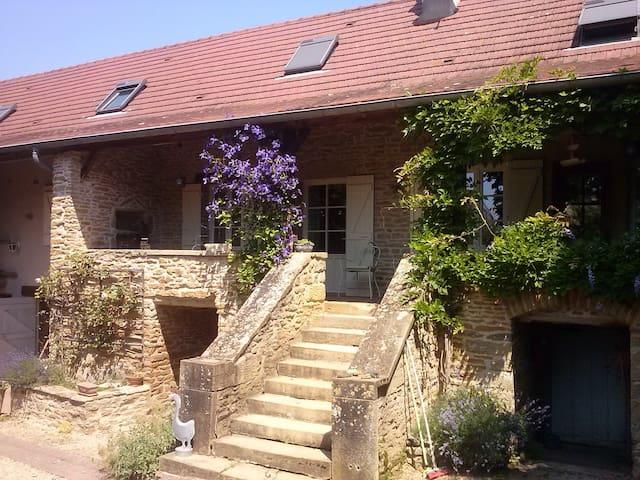 Maison de campagne avec spa - Saint-Vincent-des-Prés - Talo