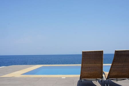 Stunning seafront home - Samos Prefecture