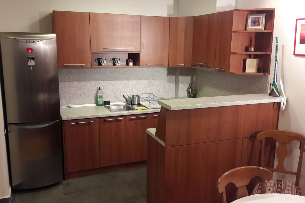 Fully equipped kitchen - fridge, oven, glass-stove, dish-washer