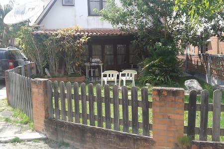 belo condominio fechado em iguaba - Iguaba Grande