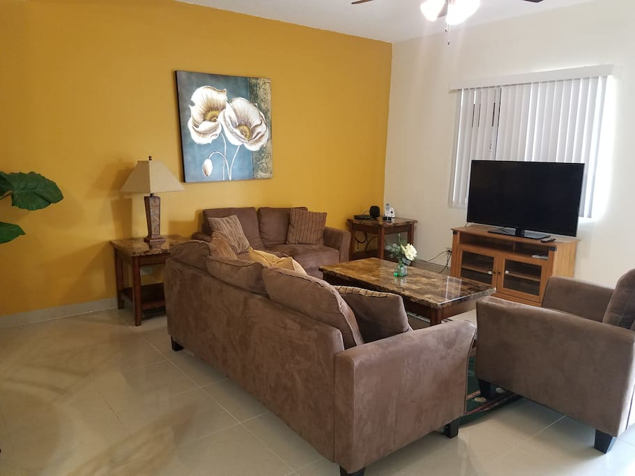 New Luxury Home!! All New Furniture!! Includes: Free Wi-Fi, cable, phone and TV.