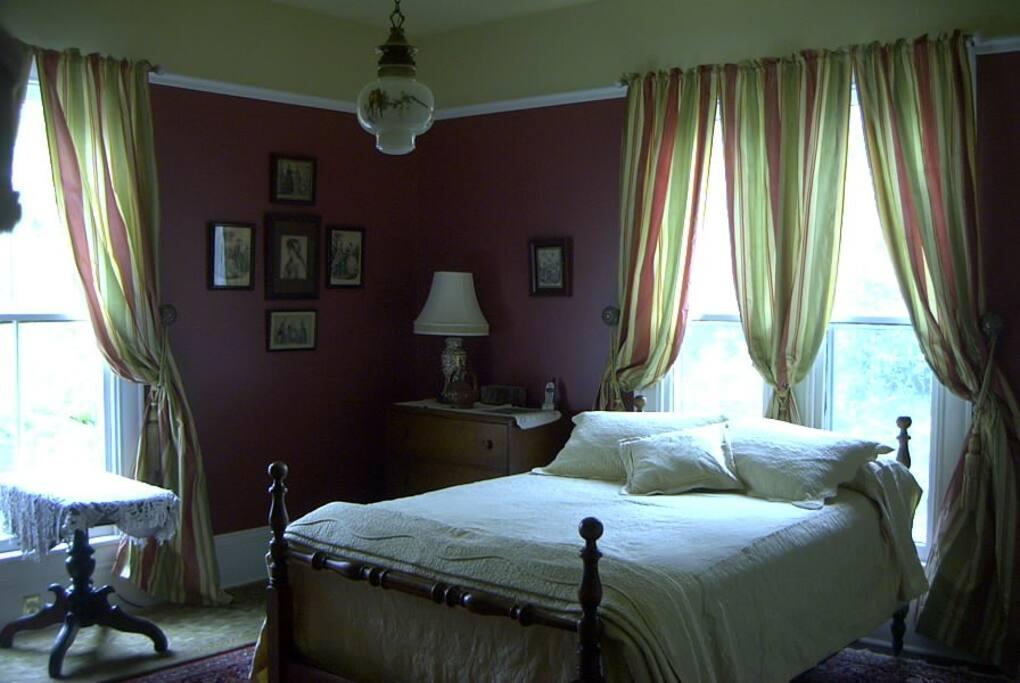 Guest bedroom view from entry door.