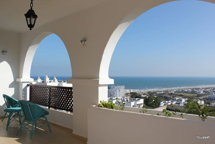 Grand Luxury Apartment Furnished - Cabo Negro - Wohnung