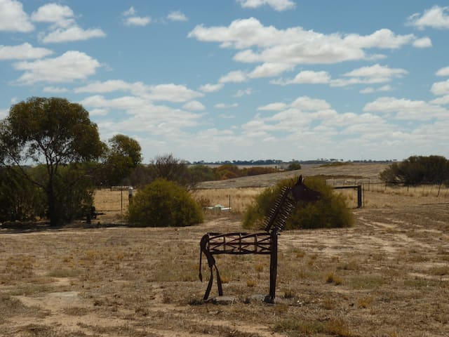 The Lodge at Little Rock, Merredin