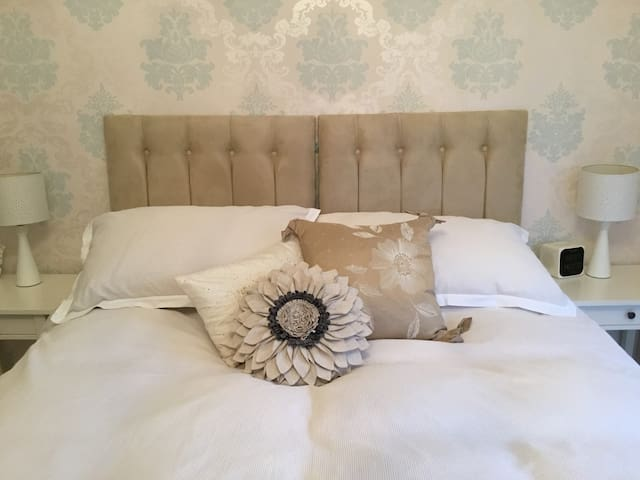 STUDIO APARTMENT IN THE GLORIOUS CHILTERNS