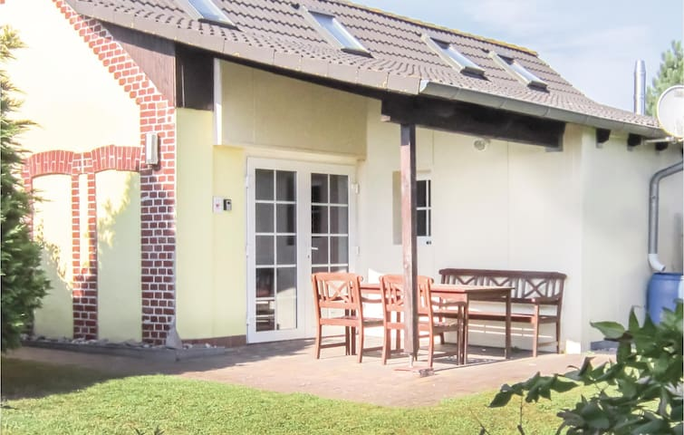 Holiday cottage with 1 bedroom on 45m² in Sagard