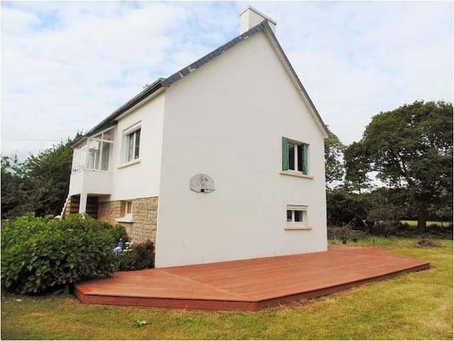 Family Friendly 3 Bedroom House in Brittany. - Névez - Ház