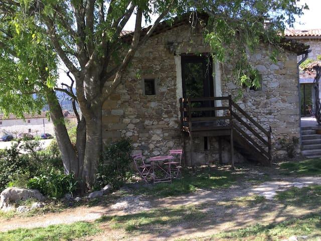 Petite maison au bord des bois - Moules et Baucels - Casa