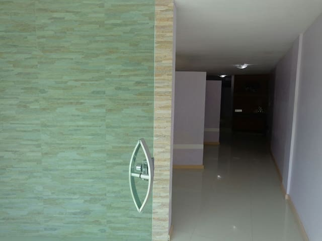 Apto com varanda Enseada Azul - Guarapari - Apartment