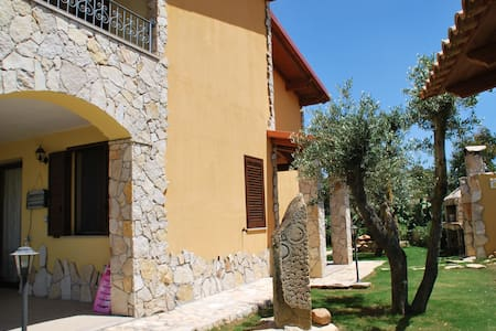 Villa for relax between sea mountai - Castiadas Olia Speciosa