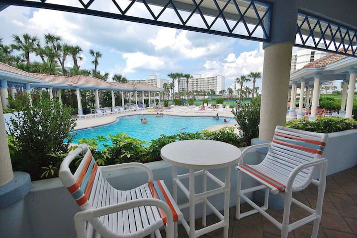 Oceanwalk Beachside Luxury with Resort Amenities - New Smyrna Beach - Rumah