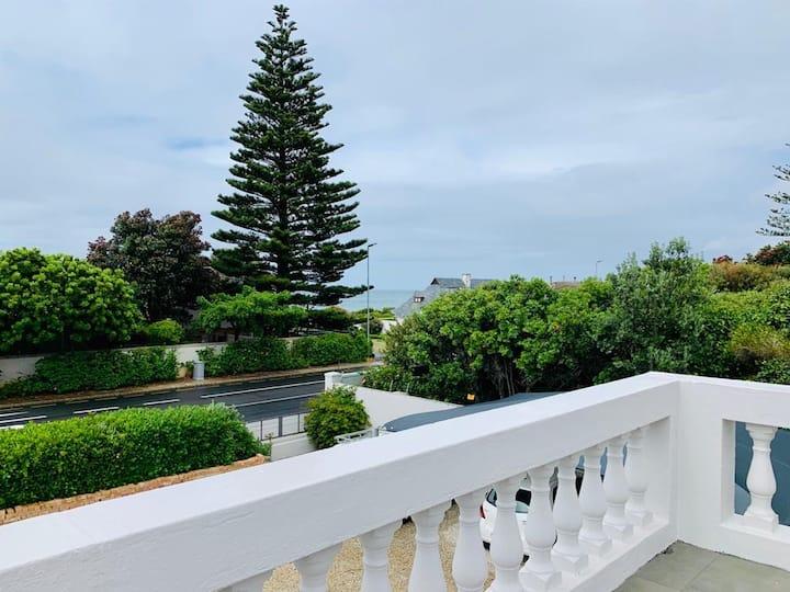 Villa Voigt - sea view, golf course, Cliff Path