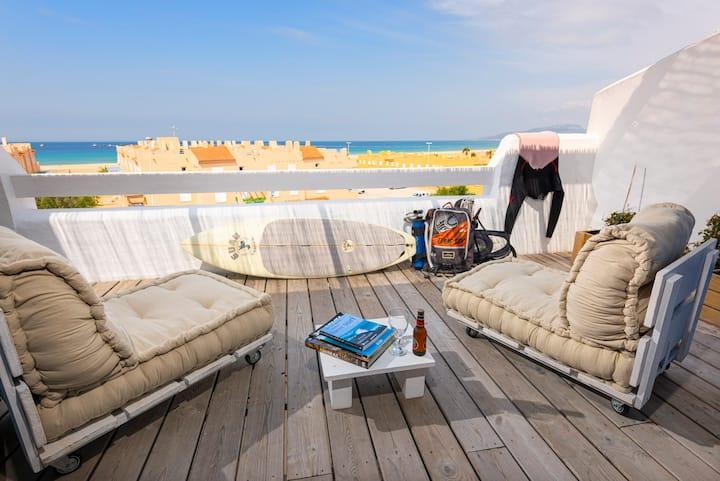 Ático con vistas al mar y al lado de la playa