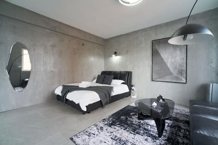21克-人民广场 南京东路步行街 高层住宅 高清投影 浴缸 可看夜景 灰色空间整洁一居室