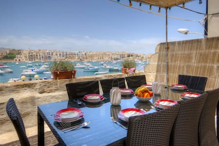Sea Front Hse, Free Wifi & Cable TV - Birżebbuġa