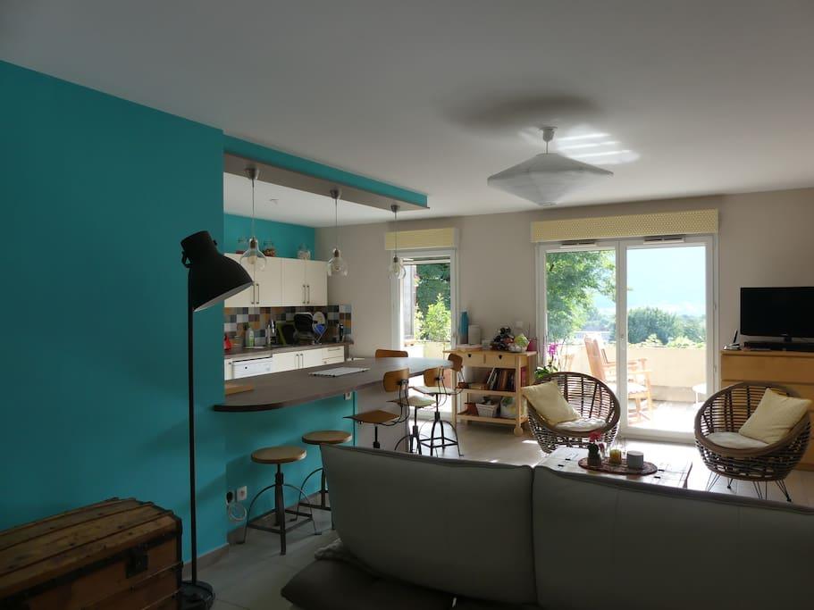 2 chambres 10min chamb ry aix le bourget appartements louer sonnaz auvergne rh ne alpes. Black Bedroom Furniture Sets. Home Design Ideas