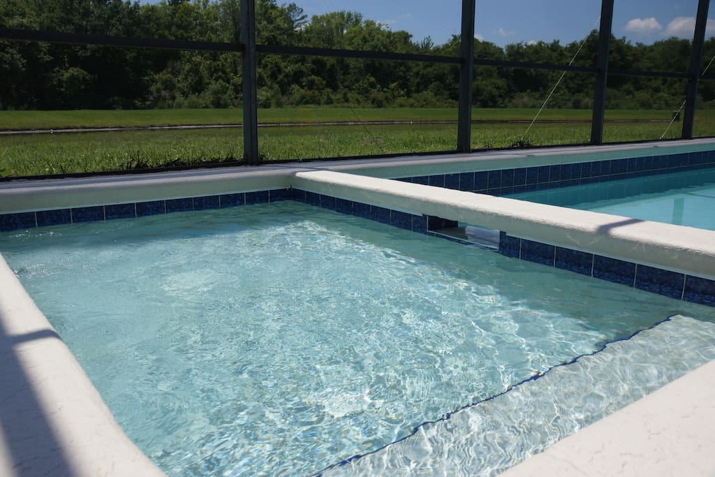 Spa, can be used as a Kiddy Pool. Heating is available for extra cost