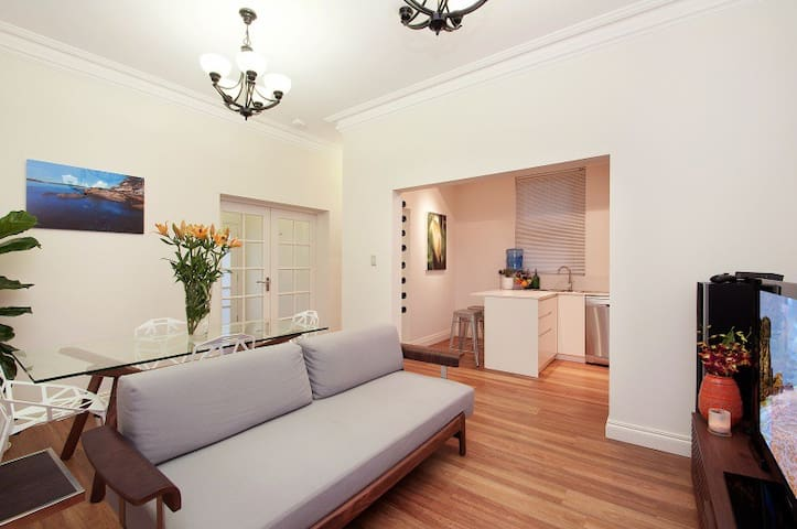Apartment on Balmoral Beach Hill - Mosman - Apartamento