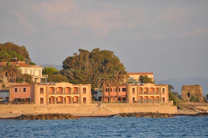 residence tre palme acciaroli - Acciaroli - Apartment