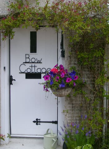 Bow Cottage - Melrose