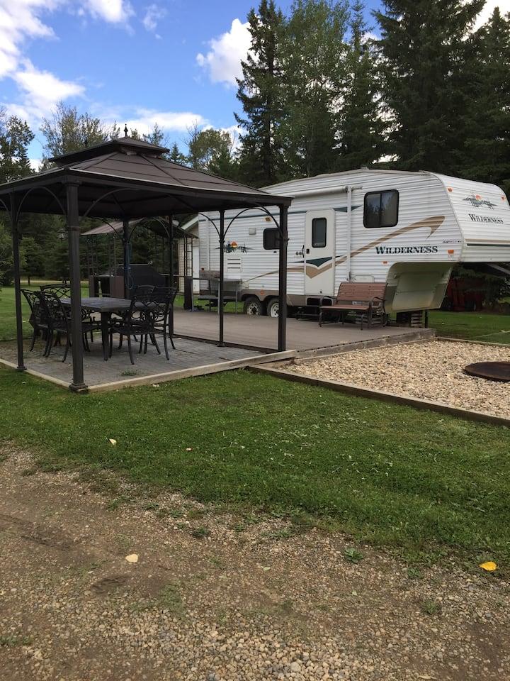 Buck Lake Fifth Wheel RV