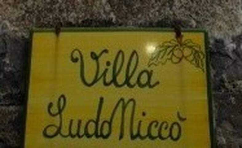 Villa Ludoniccò-Capolomonte-Scario - Capolomonte - Bed & Breakfast