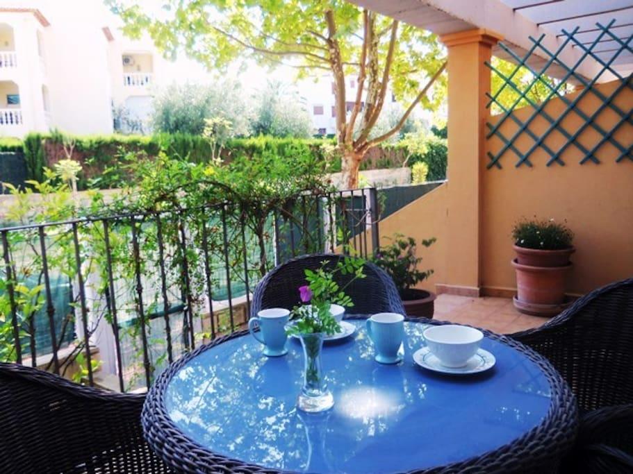 Casa Elizabeth tiene una terraza agradable y acceso directo a la calle Génova
