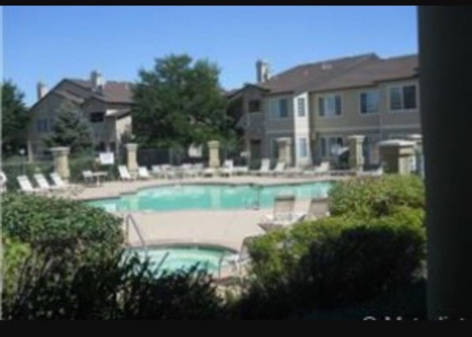 Access to pool and jacuzzi right across from unit and gym in club house behind the pool