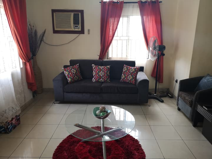 Cozy2 bed Apartment within a gated community