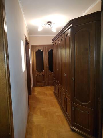 3 комнатная квартира на набережной